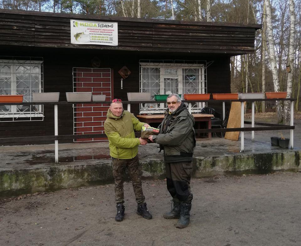 Nagroda w postaci koszulki za największą aktywność na www.koda-fishing.pl w 2020 roku dla  TOMKA .B)