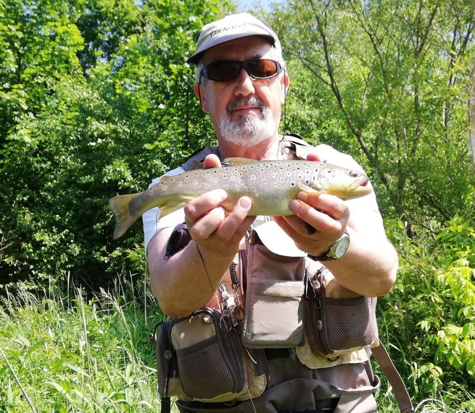 """10-12.06.2019.""""Wyprawa"""" z Zbyszkiem na Dunajec.Warunki ekstremalne 30`C, ale ryby współpracowały."""
